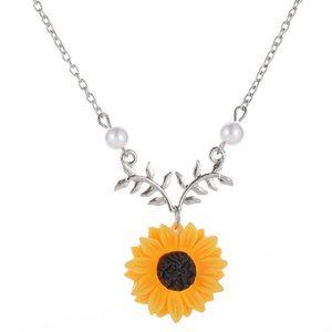 Kathrono Jewelry - 🌻 Sunflower necklace 🌻